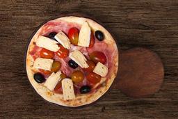 Pizza con Crudo, Cherry & Brie