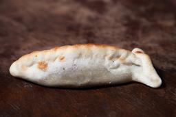 Empanada de Mozza, Panceta & Ciruela