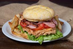 Hamburguesa, Pollo Crispy & Bacon