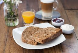 Desayuno Clásico con Tostadas