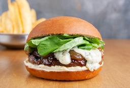 🍔Dylan Burger.