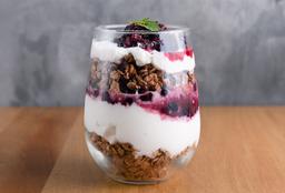 Yogurt con Frutos Rojos