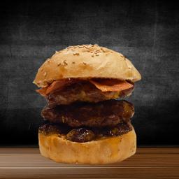 Triple Carne Burger