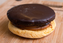 Super Alfajor de Chocloate
