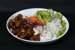 Sushi Salad de Pollo Teriyaki