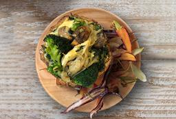 Tarta de Brócoli y Cebolla + Guarnición