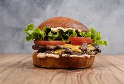 Hamburguesa con Tomate, Lechuga & Cheddar - Doble Carne & Queso
