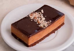 Porción de Brownie con Mousse de DDL