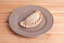 Empanada Caprese Light