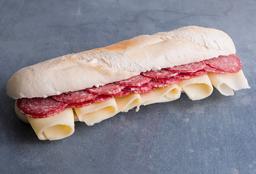 Sándwich con Salame Criollo