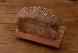 Pan Negro con Semillas