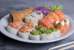 Tabla Sushi Premium Only Salmón x 26