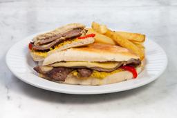 Sándwich de Lomo Criollo