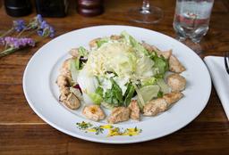 Ensalada Caesar con Pollo + Agua