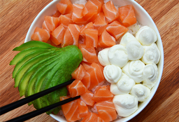Chirashi Salad Salmón, Palta & Phila
