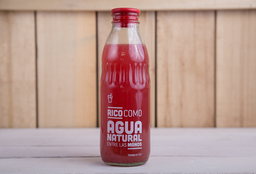 Agua Natural de Frutos Rojos