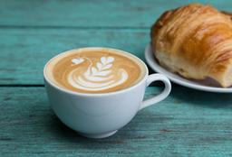 2 Croissants + Latte