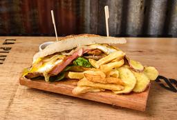 Sándwich TNT de Mila