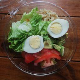 Ensalada Proteica y Huevo