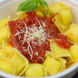 Ravioles de Ricota & Parmesano