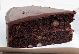 Torta de Chocolate con Frutos Rojos