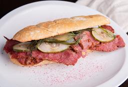 Sándwich de Pastrón Al Pan