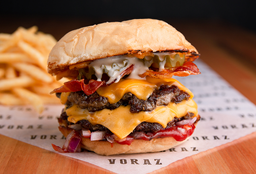 American Burger + Papas Fritas