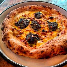 Pizza Espinaca y Gorgonzola