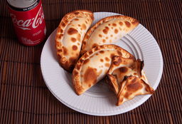 Combo Empanadas & Bebida