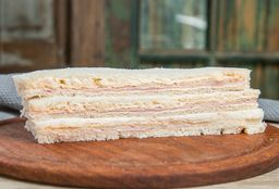 Sándwich de Jamón & Queso x 3
