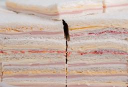 4 Triples de Jamón Cocido y Queso + Gaseosa