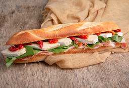 Sándwich Gourmet de Lomo con Hierbas