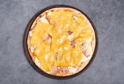 Pizza con Bacon & Cheddar