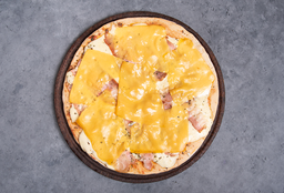 Pizza con Panceta & Cheddar