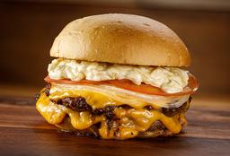 Classic Burger + Papas Fritas