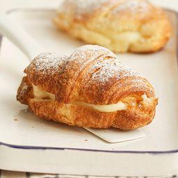 Croissant con Pastelera