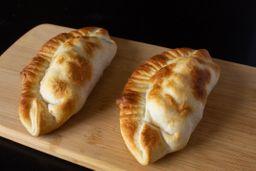 Empanada de Panceta, Mozza & Verdeo