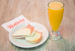 Tostado de Jamón & Queso + Jugo de Naranja