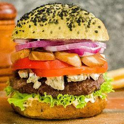 Green Power Burger con Papas Fritas.