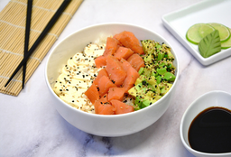 Chirashi Salad Salmón Ahumado, Palta y Phila