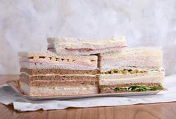 Sándwich Miga de J&Q en Pan Negro