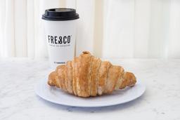 Croissant  + Café Grande