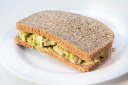Sándwich de Palta, Pollo y Huevo