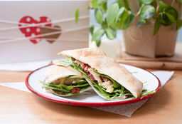 Sándwich Árabe Chicken + Papas