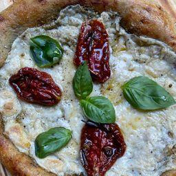 Pizza Vegan Rucula & Pomodori Al Aglio