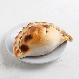 Empanada de Carne Picante.