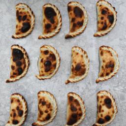 12 Empanadas Vicenta