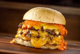 Voraz Burger + Papas Fritas