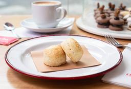 2 Scons Clásicos + Café con Leche