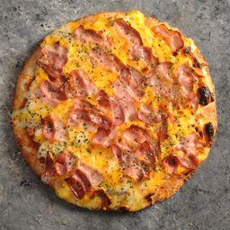 Pizza Muzzarella, Panceta & Cheddar